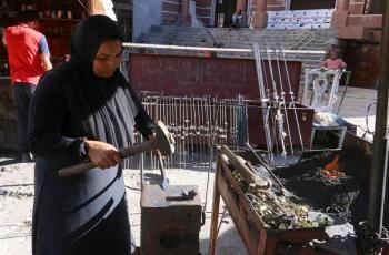 السيسي يحقق حلم امرأة مصرية مكافحة