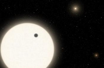 اكتشاف نظام نجمي غريب
