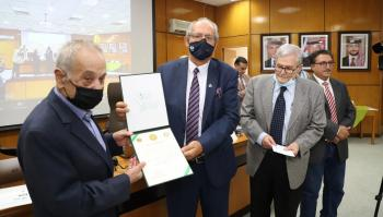 اليرموك تمنح الشاعر حيدر محمود جائزة عرار للإبداع الأدبي لسنة 2021