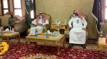 السفير السعودي يتفقد منفذ العمري - الحديثة