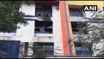 مصرع 13 مصابا بكورونا في حريق بمستشفى في الهند