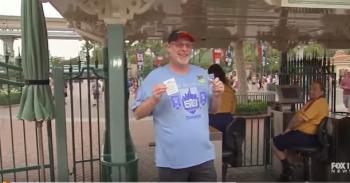 بالفيديو: أمريكي يزور ديزني لاند 2000 مرة متتالية