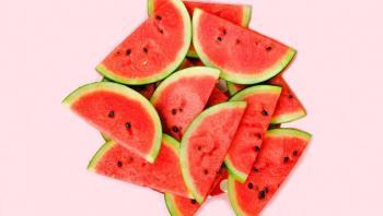 فوائد البطيخ الأحمر الصحية للحامل والرجيم