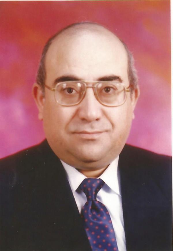الكاتب داوود داوود