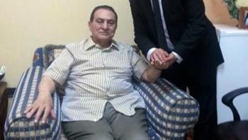 بعد 1000 يوم داخل المستشفى  ..  ما هي أمنية حسني مبارك؟