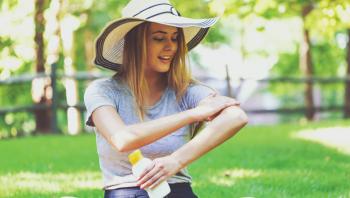 مناطق في جسدك تهملين وضع واقي الشمس عليها