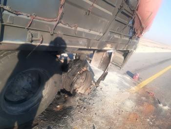 حريق بمركبة شحن في شويعر