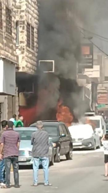 إخماد حريق بمحل تجاري ومركبة في إربد
