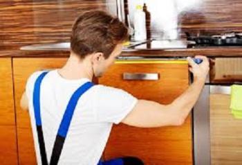 مطلوب فنيون ومساعدون للعمل لدى شركة مقاولات كهروميكانيك في اربد
