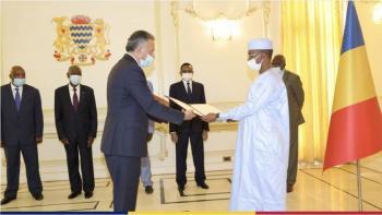 السفير الردايدة يقدم أوراق اعتماده لرئيس تشاد