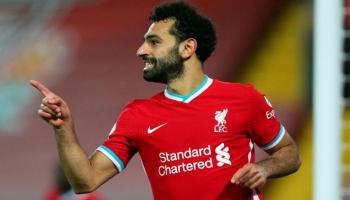 محمد صلاح يقود فريق الدوري الإنجليزي