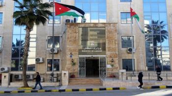 العمل: لا تعيينات مخالفة لقرار مجلس الوزراء