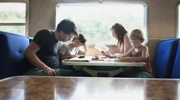 دراسة: القراءة الجماعية تعزز الإبداع اللغوي