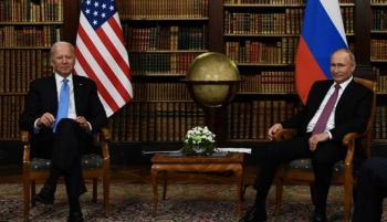 موسكو: واشنطن تثير الأزمات وسنقاوم بحزم الضغط الأمريكي
