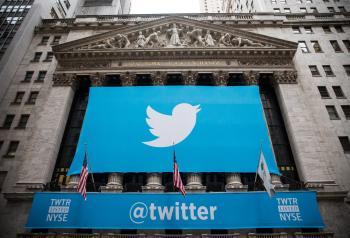 تويتر تتيح للمستخدمين دفع إكراميات لحساباتهم المفضلة