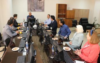 بحث التعاون بين عمان العربية والمركز الثقافي الروسي