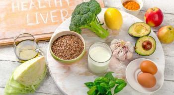 أطعمة تنظف الكبد في أيام معدودة