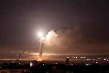 الاحتلال يقصف موقعا جنوب غزة