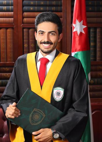 يوسف مصطفى الغندور مبارك التخرج