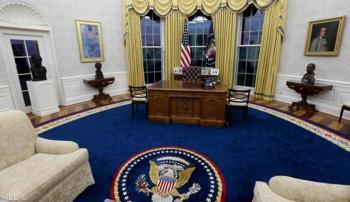 التغيير من أول لحظة ..  ماذا فعل بايدن بديكور المكتب الرئاسي؟