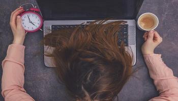 قيلولة الكافيين ..  اكسير نشاط في مواجهة جمود النوم