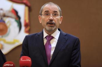 الصفدي يشارك باجتماع عربي لبحث الأوضاع الخطيرة في القدس