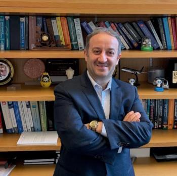 الدكتور علي هايل ذيابات ..  مبارك