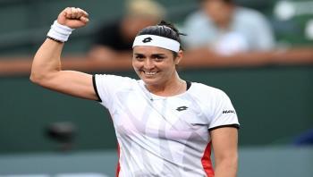 فرص التونسية أنس للتأهل لنهائيات الجولة الختامية للاعبات التنس