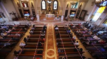 تعليق قدّاس الأحد في كنائس ماركا والأشرفيّة والمصدار ووسط البلد وجبل التاج