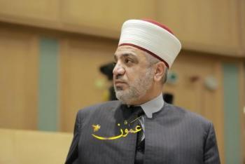 الخلايلة: استمرار صلاة الجمعة بالمساجد والتراويح بالبيوت