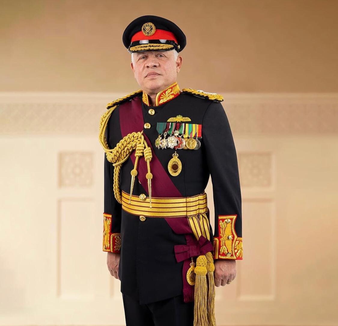 وزير الأشغال يهنئ الملك بعيد الجلوس