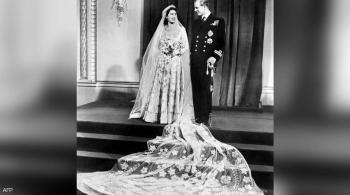 ماذا كان الأمير فيليب يقول للملكة إليزابيث لكي تضحك؟
