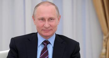 فتاة روسية تكشف ما حدث لها بعد أن تقدمت بطلب الزواج من بوتين
