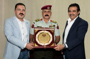 نادي الجالية الأردنية في سلطنة عمان يكرم الملحق العسكري