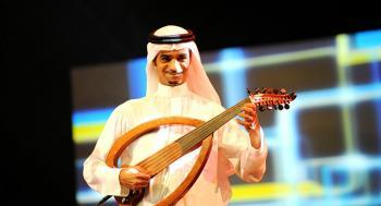 مرحبا ..  رابح صقر يشعل اهتمام السعوديين