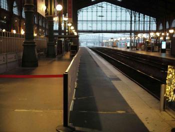 إخلاء محطة قطارات في باريس إثر بلاغ عن وجود قنبلة