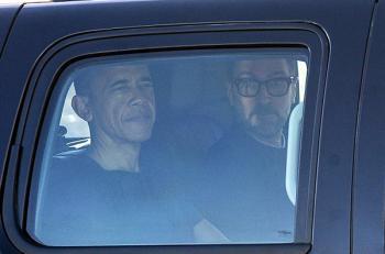 هكذا  يقضي أوباما أيامه الأولى خارج البيت الأبيض (صور)
