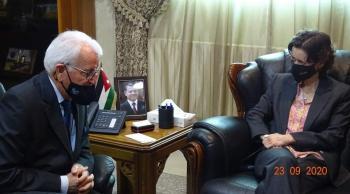 توق يدعو لزيادة اعداد الطلبة البريطانيين في الأردن