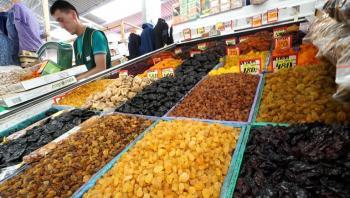 علماء: الفواكه الجافة لا تقل فائدة عن الطازجة