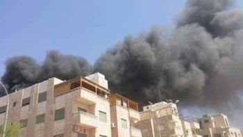 حريق في شقتين بالمنطقة الخامسة بالعقبة (فيديو)