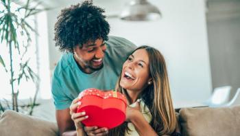 4 أفكار هدايا غير تقليدية لعيد الحب