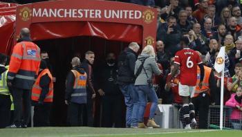 بوغبا يخرج عن صمته بعد طرده في المباراة المذلة أمام ليفربول