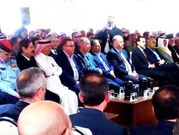 نقابيو الأردن يكرمون أسر شهداء قلعة الكرك بحضور المسفر