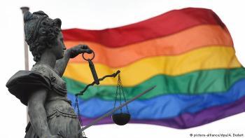 ألمانيا تعتزم تعويض المثليين جنسيا الذين حوكموا في الماضي