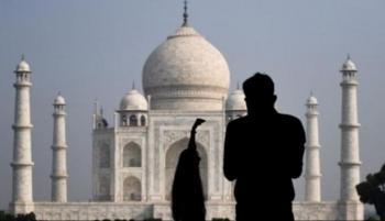 تاج محل يتحدىالمتحور الهندي