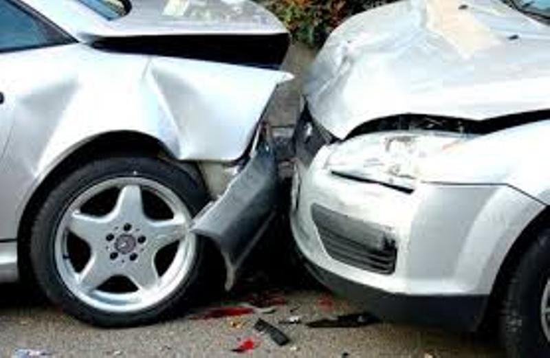 4 إصابات بحادث تصادم في مادبا
