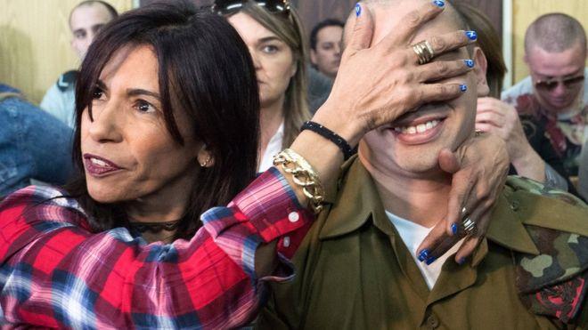سجن جندي اسرائيلي بعد اجهازه على جريح فلسطيني