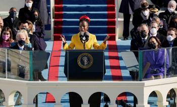 أصغر شاعرة بتاريخ أمريكا: لن نعود إلى ما كان