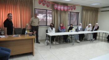 البطيخي تلتقي الطلبة المتطوعين في مركز تنمية وخدمة المجتمع