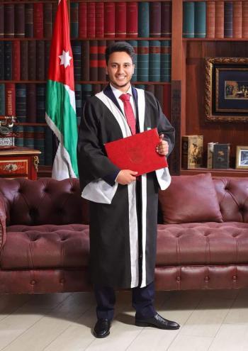احمد ناصر ابو البرك ..  مبارك التخرج
